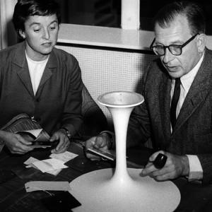 Eero Saarinen - Silla Tulip